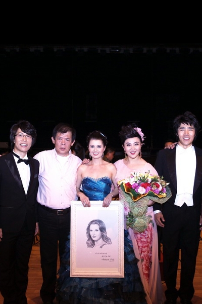 天津音乐会结束后,和导演、刘璐萱、周楠、张凯、斯蒂芬合影留念。© All rights reserved